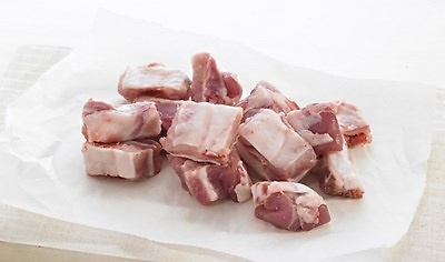 Costilla de Cerdo carnuda y normal Fresca (Pieza de4 kg ) Precio: 4.68 euros / kg